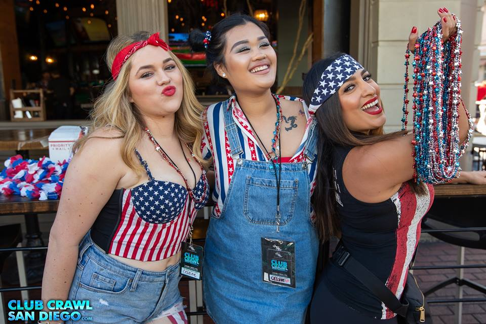 4th of July Bar Crawl Hosts Pic